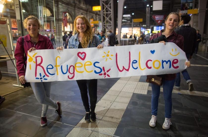 german girls refugees welcome