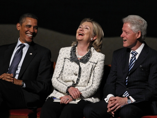 20130516_obama_hillary_clinton_LAUGHING_large