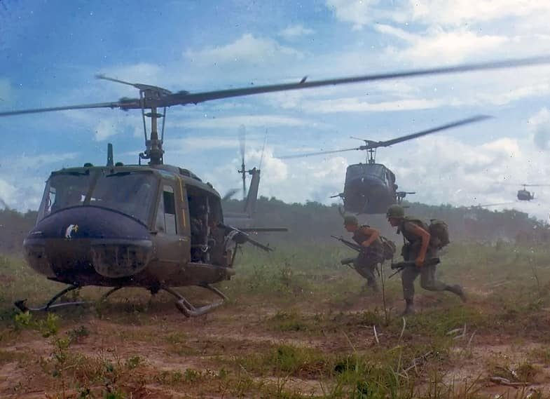 Air cavalry helicopters in the Vietnam War